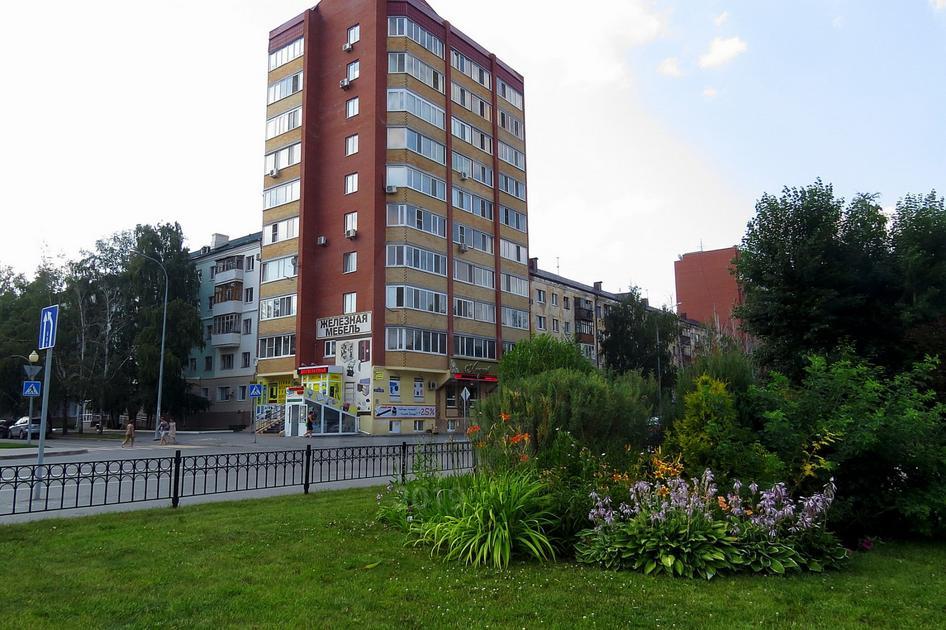 1 комнатная квартира  в районе Выставочного зала, ул. Рижская, 64, г. Тюмень