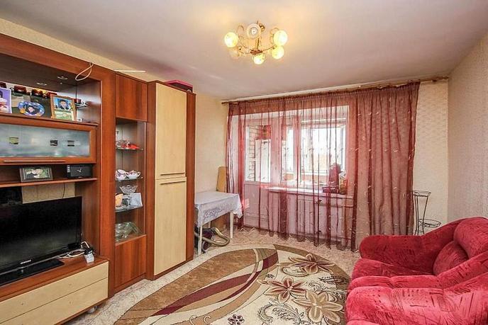 3 комнатная квартира  в районе Парфенова, ул. Тимуровцев, 30, г. Тюмень