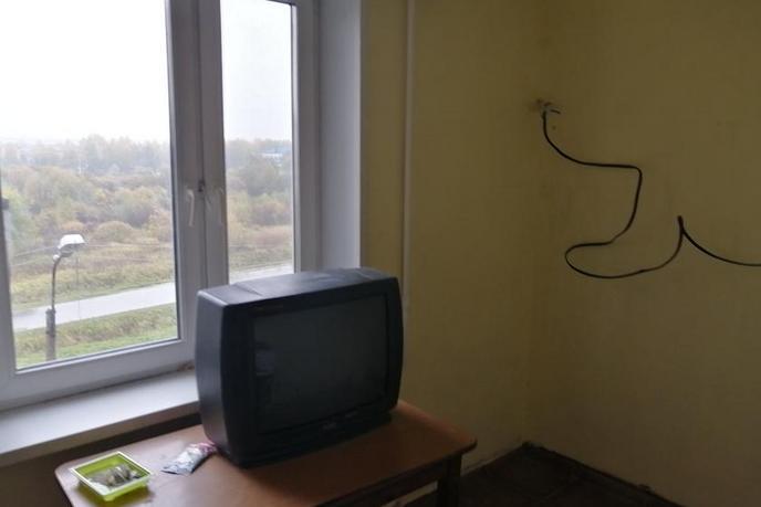 2 комнатная квартира  в районе Иртышский мкр., ул. Иртышский микрорайон, 14, г. Тобольск