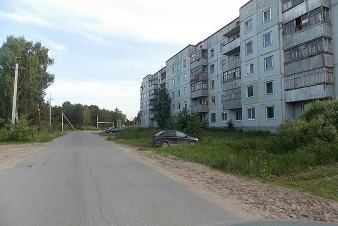 2 комнатная квартира , ул. Ратная, 1, п. Андреевский