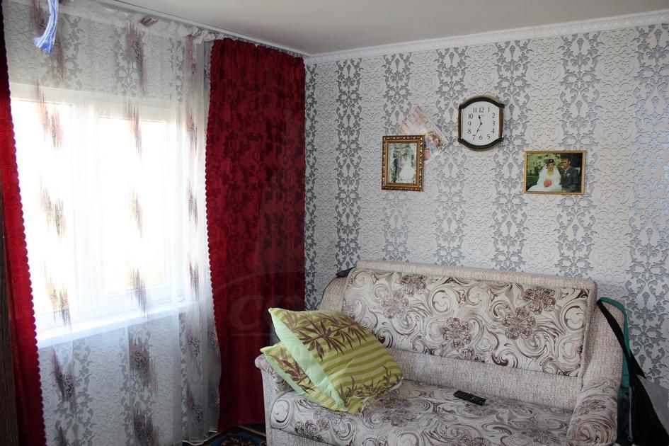 Дом с баней, Тобольского тракта, с/о садовое товарищество Яровское, по Тобольскому тракту