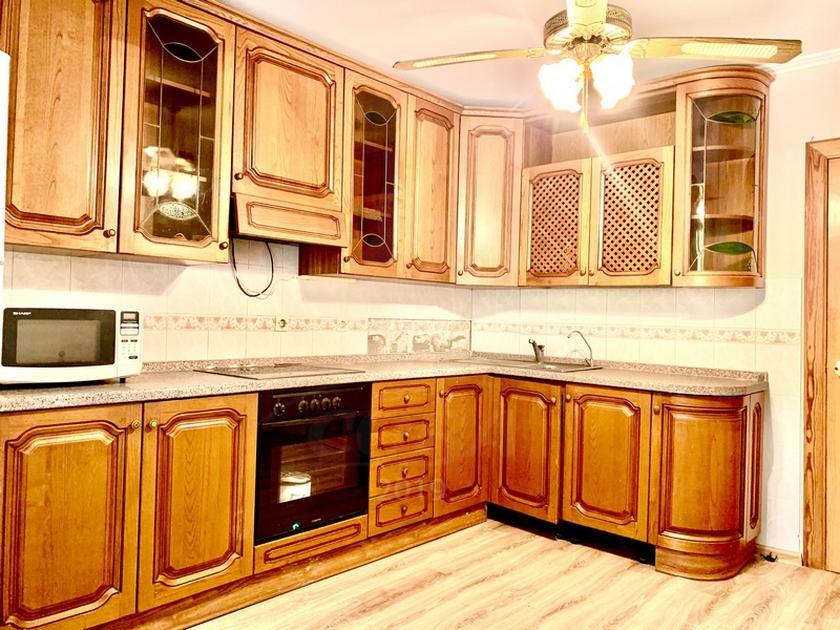4 комнатная квартира  в районе Выставочного зала, ул. Пржевальского, 35/2, г. Тюмень