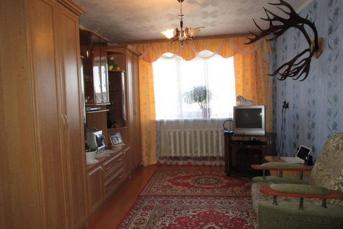3 комнатная квартира , ул. пер. Республики, 6, п. Ярково