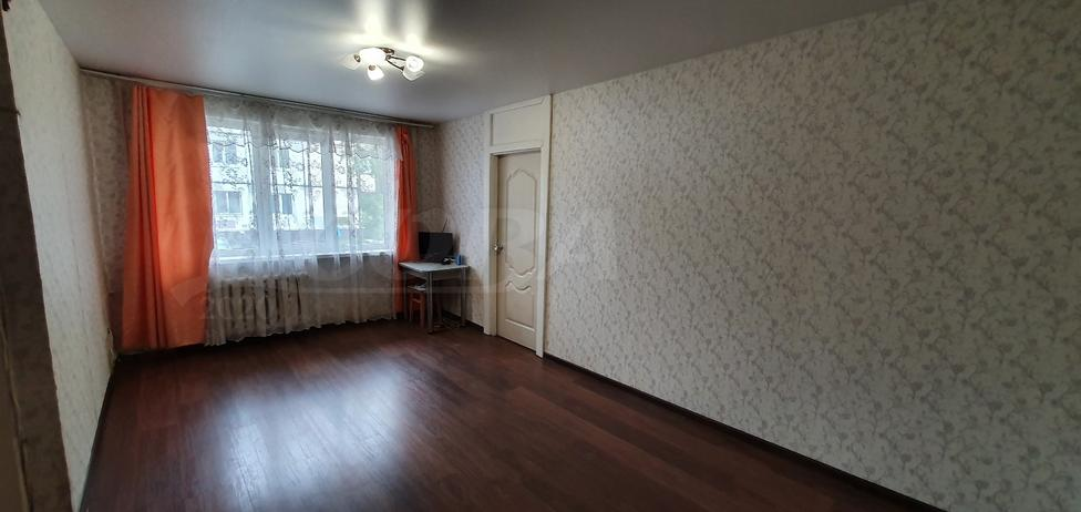 2 комнатная квартира  в районе Выставочного зала, ул. Рижская, 63, г. Тюмень
