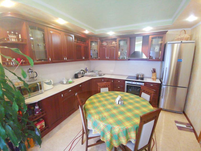 3 комнатная квартира  в районе МЖК, ул. Широтная, 146, г. Тюмень
