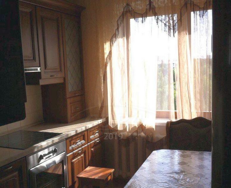 3 комнатная квартира  в районе Нагорный Тобольск, ул. 4-й микрорайон, 19, г. Тобольск