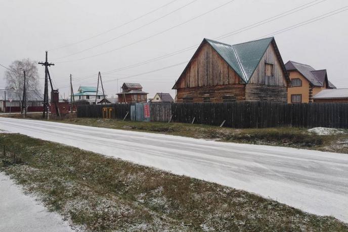 Недостроенный дом, в районе Техникум, г. Ялуторовск, по Ялуторовскому тракту