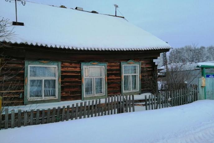 половина частного дома, в районе Подгорный Тобольск, с. Бизино, по Тобольскому тракту