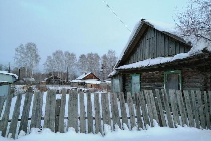 половина частного дома с баней, в районе Подгорный Тобольск, с. Бизино, по Тобольскому тракту