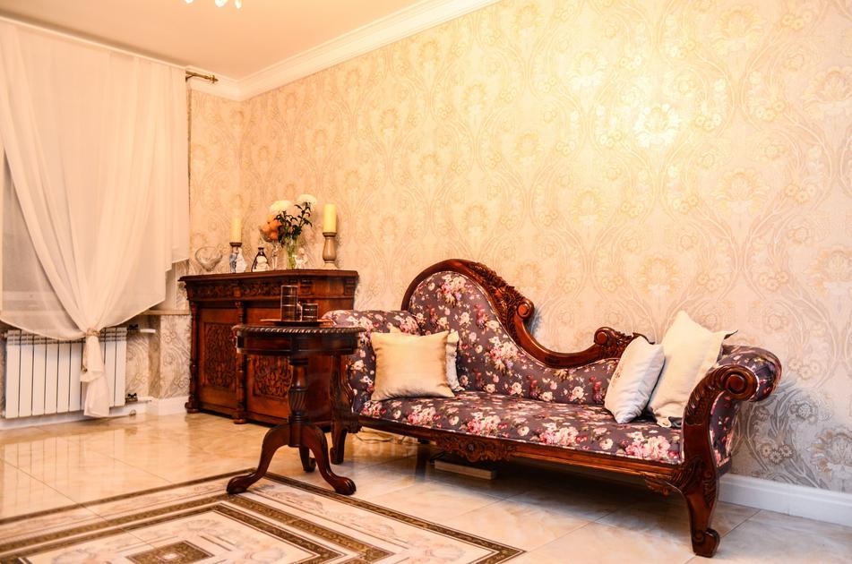 3 комнатная квартира  в центре Тюмени, ул. Грибоедова, 6, г. Тюмень