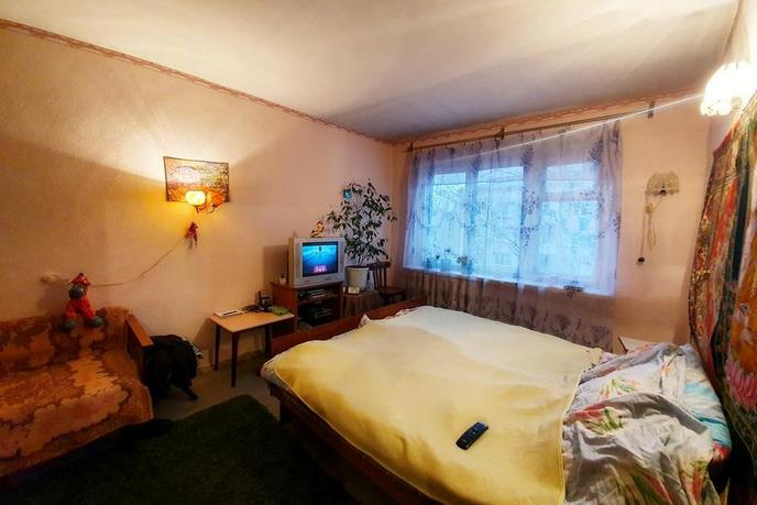 3 комнатная квартира  в районе Технопарка, ул. 50 лет ВЛКСМ, 69, г. Тюмень