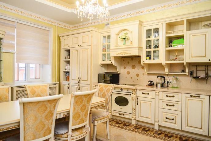 4 комнатная квартира  в районе Выставочного зала, ул. Пржевальского, 35, г. Тюмень