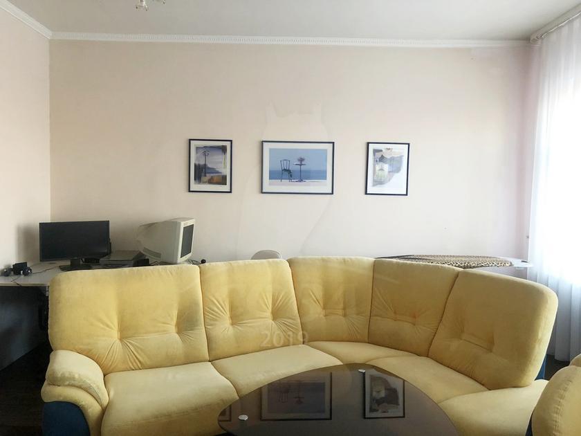 2 комнатная квартира  в 1 микрорайоне, ул. Широтная, 99, г. Тюмень
