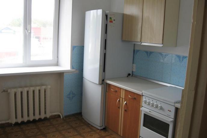 3 комнатная квартира  в районе ДСУ, ул. Ворошилова, 20, г. Заводоуковск
