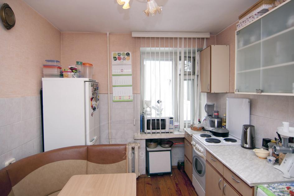 3 комнатная квартира  в районе ЖД Вокзала, ул. Орловская, 35, г. Тюмень