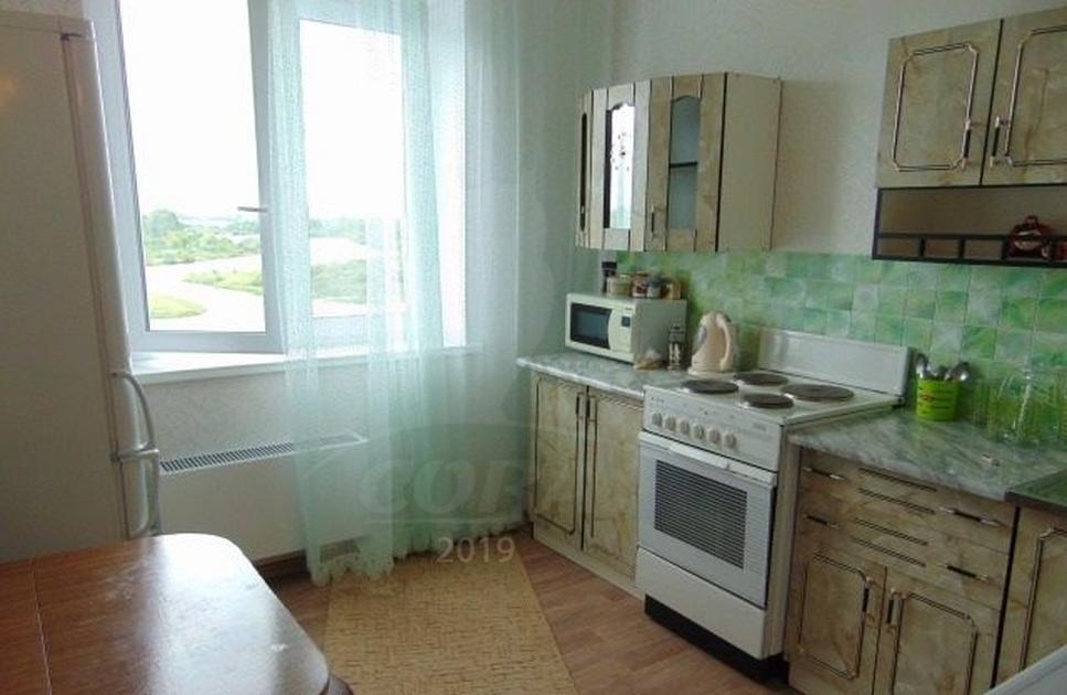 1 комнатная квартира  в районе Лесобаза (Тура), ул. Мебельщиков, 2, г. Тюмень