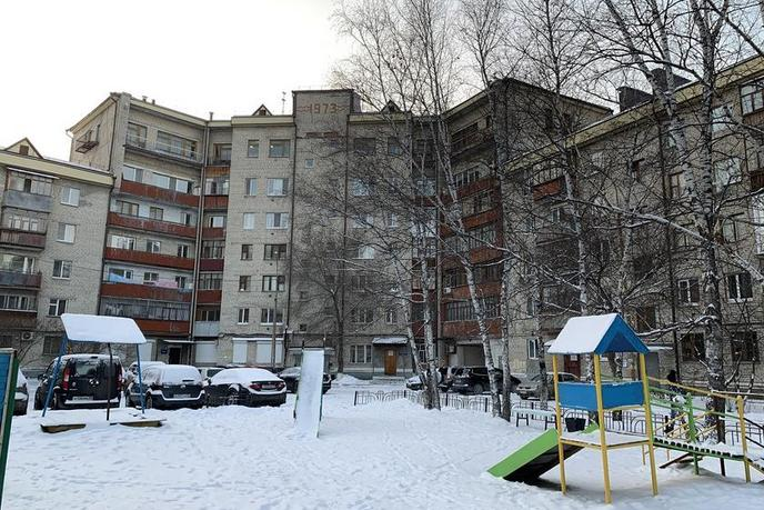 2 комнатная квартира  в районе Воровского, ул. Республики, 213, г. Тюмень