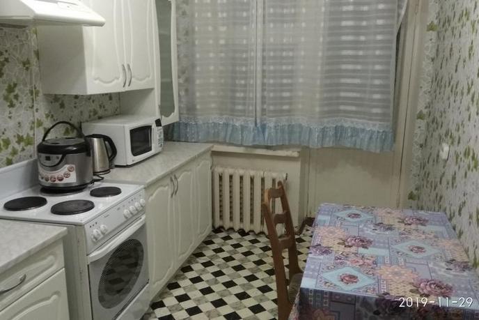 2 комнатная квартира  в районе Центральная часть, ул. 31-й км. Старо-Тобольского тракта, 1, с. Чикча