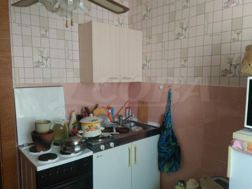 4 комнатная квартира  в районе Нагорный Тобольск, ул. 7-й микрорайон, 12А, г. Тобольск