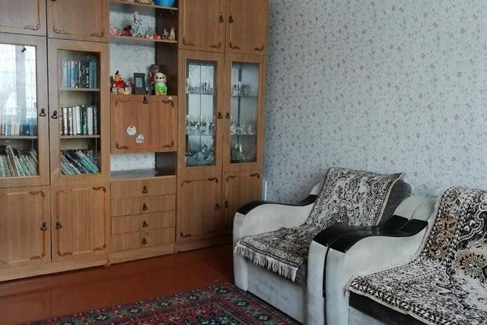 2 комнатная квартира  в районе Левобережье, ул. Раздольная, 10, г. Тобольск