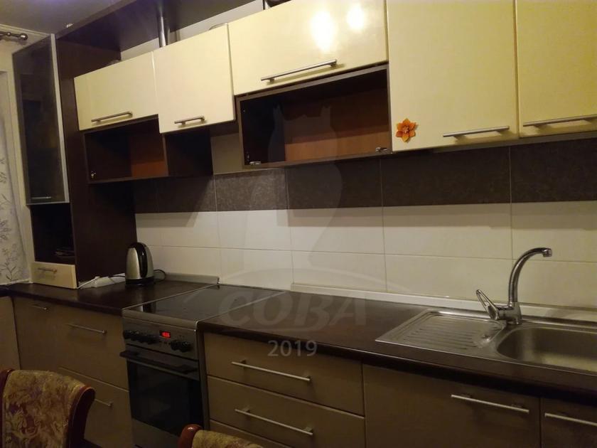 4 комнатная квартира  в историческом центре, ул. Республики, 10, г. Тюмень