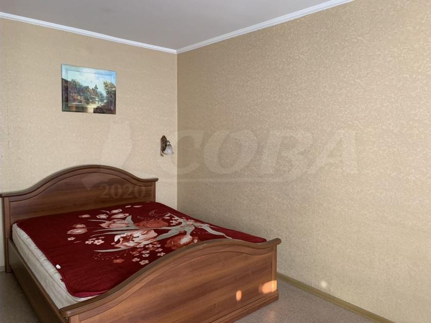 1 комнатная квартира  в районе Югра, ул. Велижанская, 72, г. Тюмень
