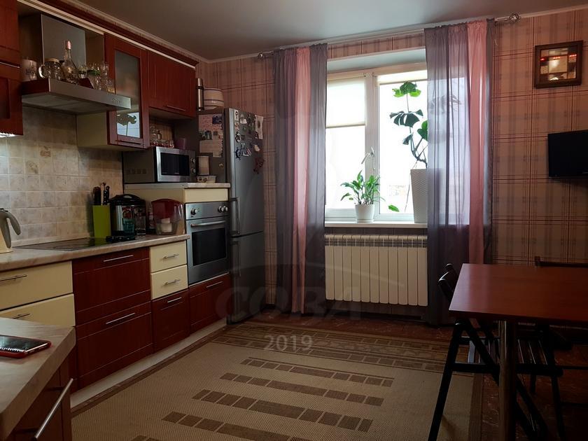 3 комнатная квартира  в районе Московского тр., ул. Московский тракт, 165, г. Тюмень