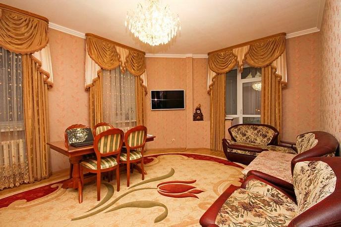3 комнатная квартира  в районе Ватутина, ул. Шаимский проезд, 12, г. Тюмень