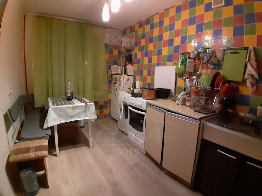 3 комнатная квартира  в районе КПД (Геологоразведчиков), ул. Тульская, 6, г. Тюмень