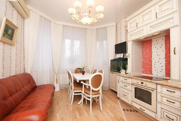 2 комнатная квартира  в районе Дома печати, ул. Циолковского, 11, ЖК «Александровский дворик», г. Тюмень