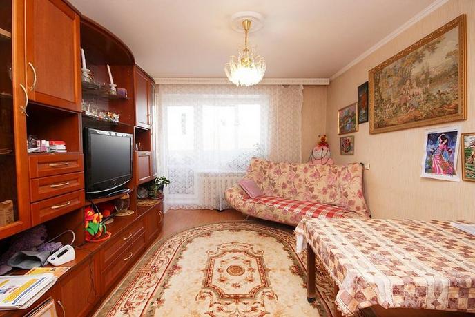2 комнатная квартира  в районе Югра, ул. Магаданская, 11, г. Тюмень