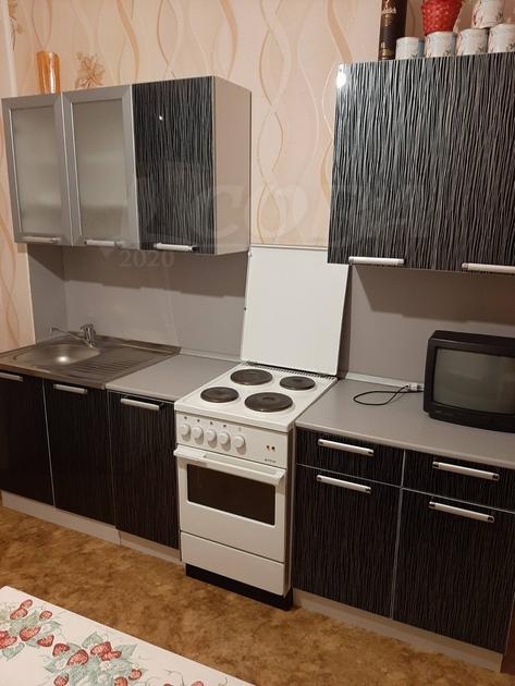 1 комн. квартира в аренду в районе ТРЦ Аврора, ул. проспект Ленина, г. Сургут