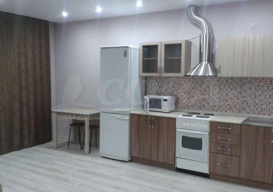 1 комн. квартира в аренду в районе 25-й микрорайон, ул. Комсомольский Проспект, г. Сургут