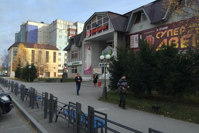 Нежилое помещение в торговом центре, аренда, в районе Нагорный Тобольск, г. Тобольск
