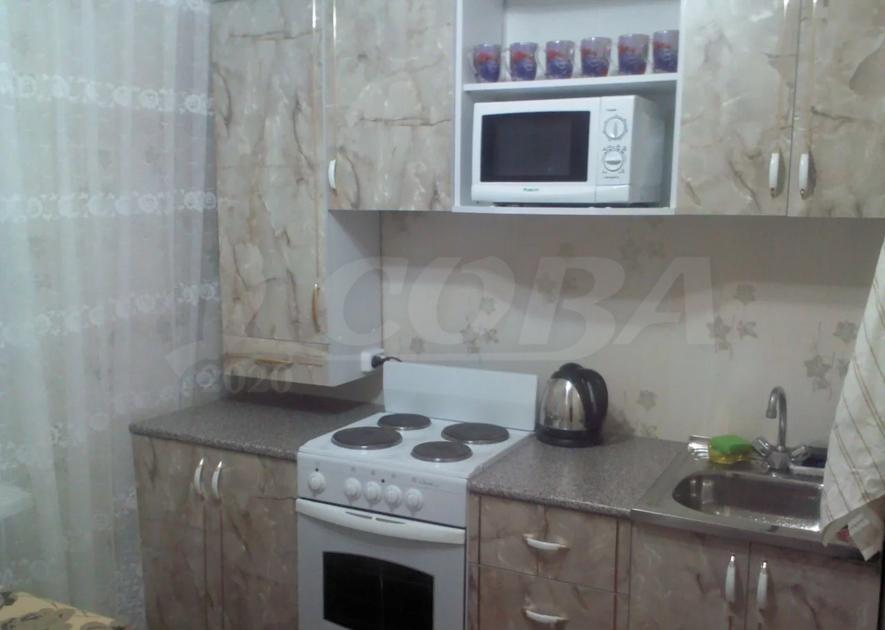 1 комн. квартира в аренду в районе Центральный, ул. Бажова, г. Сургут