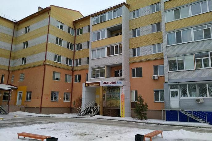 2 комнатная квартира  в Заречном 2 мкрн., ул. Газовиков, 25/2, г. Тюмень