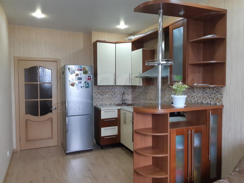 2 комнатная квартира  в районе ТРЦ Аура, ул. Тюменский Тракт, 2, г. Сургут