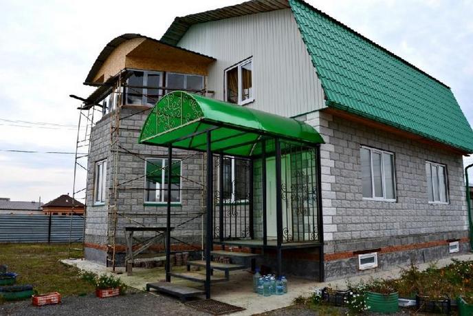 Загородный дом с баней, в районе КП Высокий берег, с. Чикча, в районе Старый тобольский