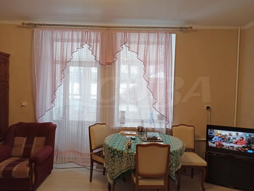 3 комнатная квартира  в районе Стрела, ул. Калинина, г. Тюмень