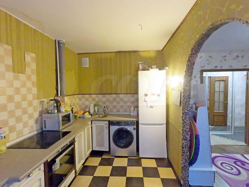 3 комнатная квартира  в 2 микрорайоне, ул. Олимпийская, 43, г. Тюмень