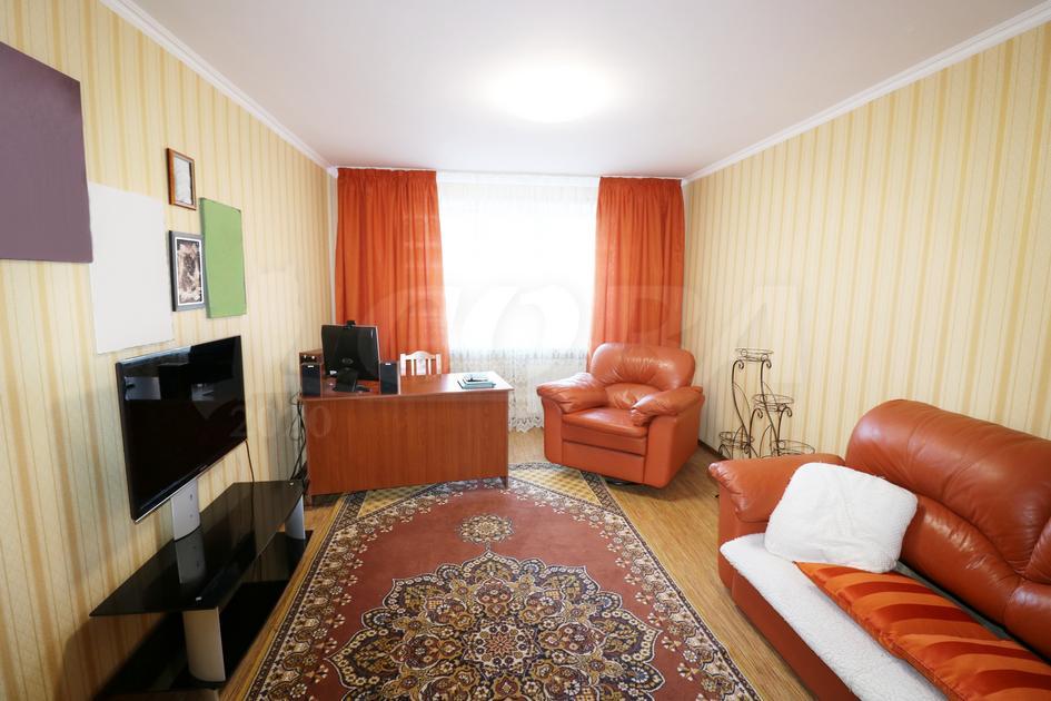 2 комнатная квартира  в Тюменском мкрн., ул. Широтная, 96, г. Тюмень