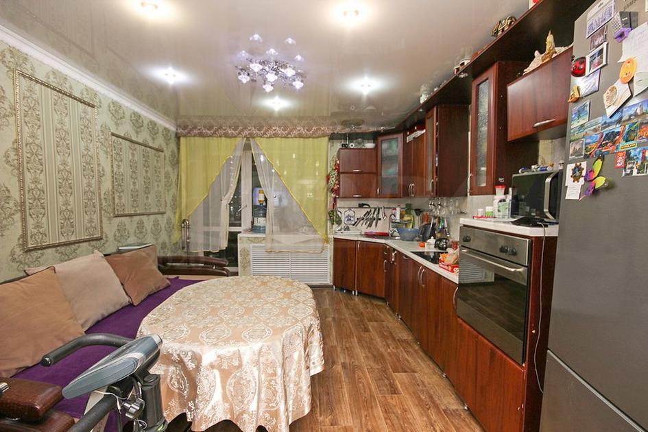 3 комнатная квартира  в районе Югра, ул. Сосьвинская, 47, г. Тюмень
