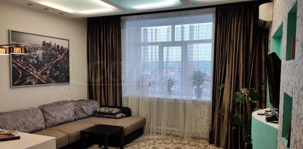 2 комн. квартира в аренду в районе Центральный, ул. проспект Ленина, г. Сургут