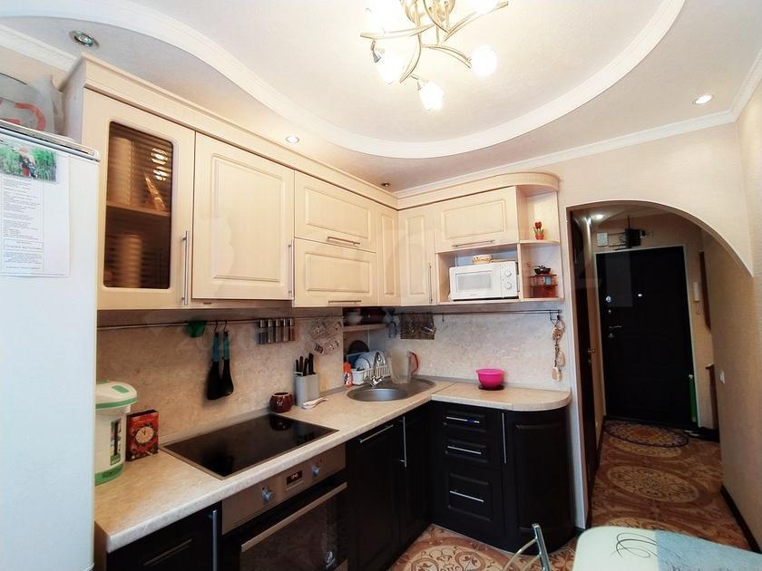 3 комнатная квартира  в районе Нагорный Тобольск, ул. 7-й микрорайон, 20, г. Тобольск