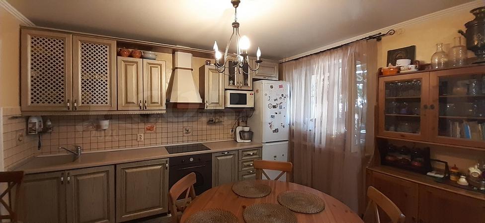 2 комнатная квартира  в районе Лесобаза (Тура), ул. Казачьи луга, 9, г. Тюмень