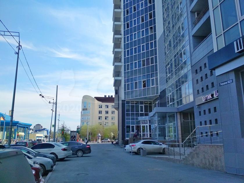 Офисное помещение в бизнес-центре, продажа, в центре Тюмени, г. Тюмень