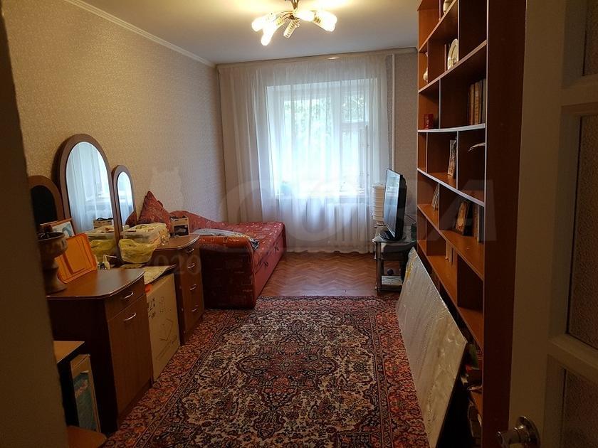 3 комнатная квартира  в районе КПД (Геологоразведчиков), ул. 50 лет ВЛКСМ, 95, г. Тюмень