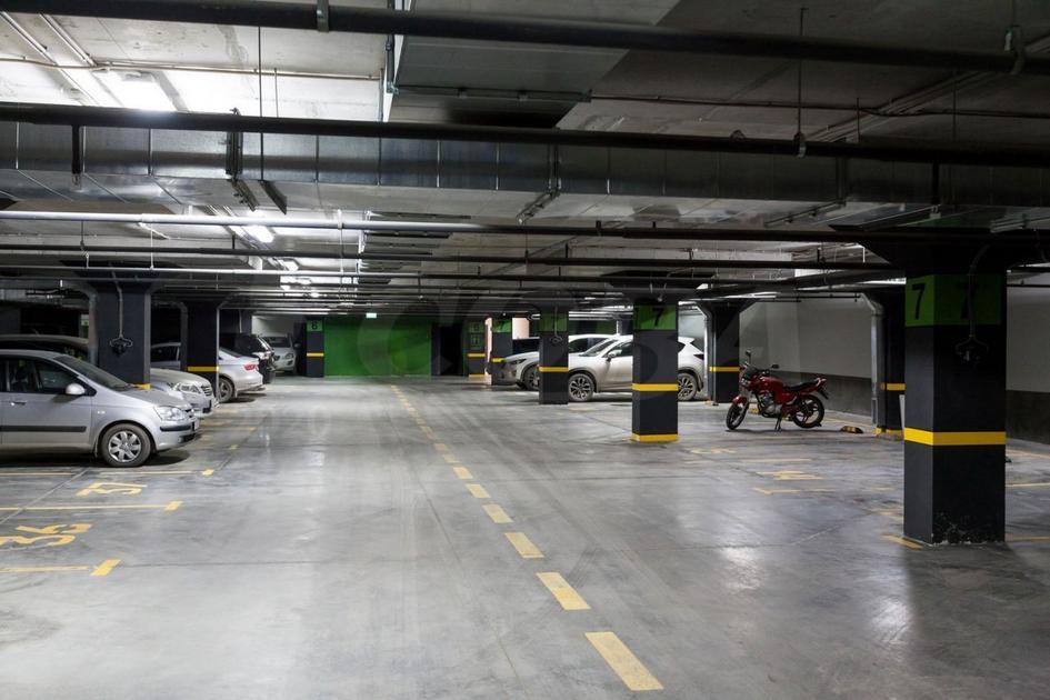 Парковочное место на КПД в районе 50 лет Октября, г. Тюмень, Паркинг в Квартале «Новин» дом 57ак1