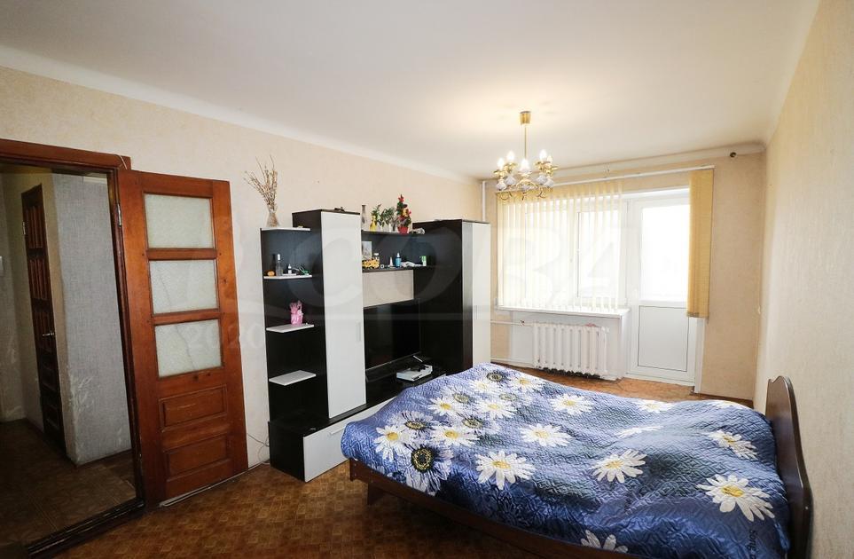 3 комнатная квартира  в районе Выставочного зала, ул. Республики, 169, г. Тюмень
