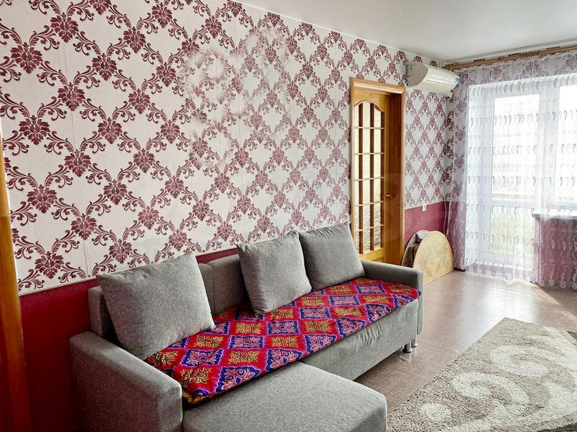 2 комнатная квартира  в районе Тарманы, ул. Малышева, 37, г. Тюмень